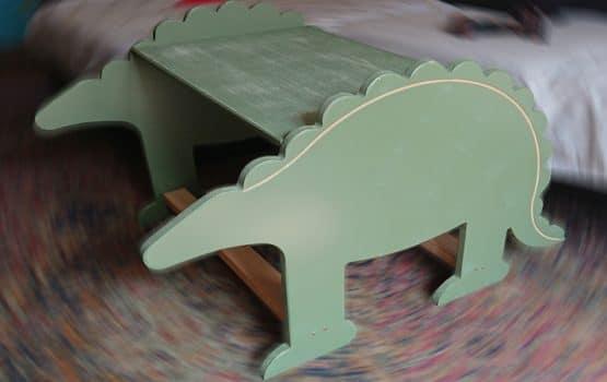 mueble dinosaurio